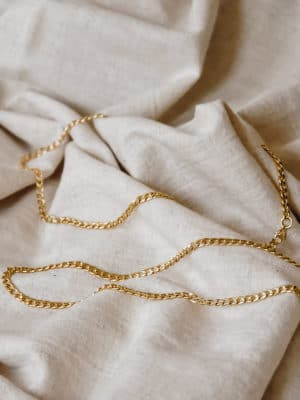 Curb Chain Necklace Gold