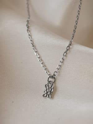 Hammered Pendant Necklace Silber