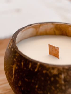 OUTLET: Coconut Candle